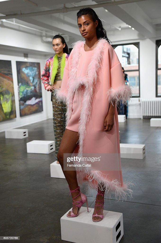 NY: Adrienne Landau - Presentation - September 2016 - New York Fashion Week