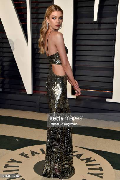 Model Stella Maxwell attends the 2017 Vanity Fair Oscar Party hosted by Graydon Carter at Wallis Annenberg Center for the Performing Arts on February...