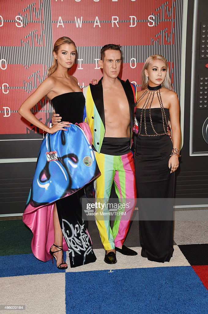 Model Stella Maxwell, fashion designer Jeremy Scott and singer Chaelin Lee aka CL attend the 2015 MTV Video Music Awards at Microsoft Theater on August 30, 2015 in Los Angeles, California.