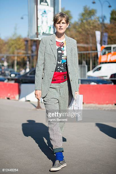 Model Stella Tennant poses after the Chanel show at the Grand Palais during Paris Fashion Week SS17 on October 4 2016 in Paris France