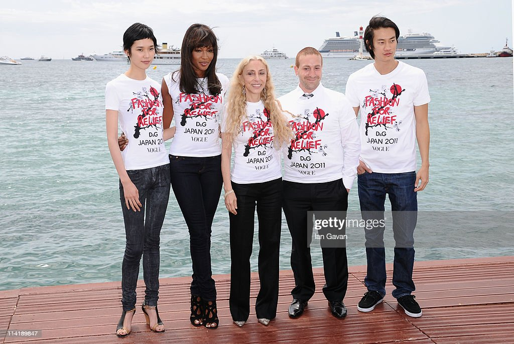 Model Tao Okamoto, model Naomi Campbell, Editor- in-chief of Vogue Italy Franca Sozzani, Head of Campaigns for the Red Cross Zach Abraham and model Philip Huang attend the 'Fashion For Relief' photocall at the Majestic Beach Pier during the 64th Cannes Film Festival on May 15, 2011 in Cannes, France.