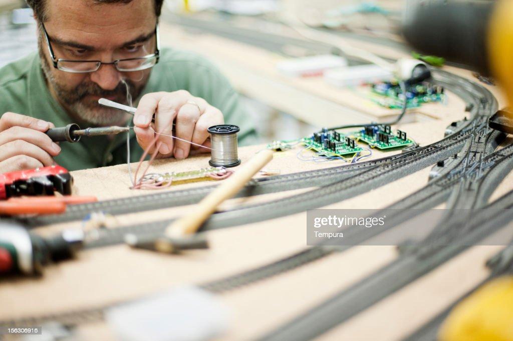 Model Zug builder arbeiten. : Stock-Foto