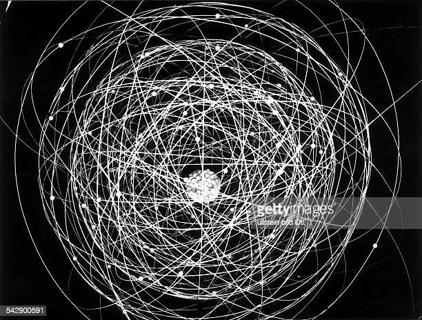 Model uranium atom Nucleus around which the electrons move 1959