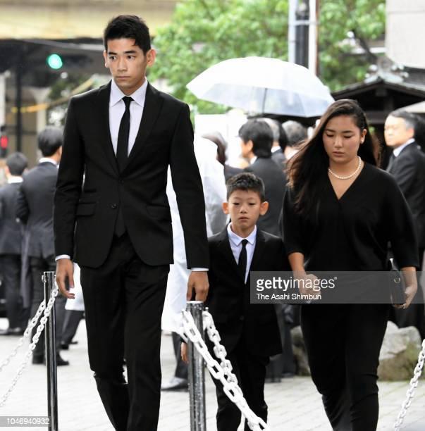 Model Uta Uchida Gento Uchida and actress Kyara Uchida grandchildren of late actress Kirin Kiki attend the funeral at Korinji Temple on September 30...