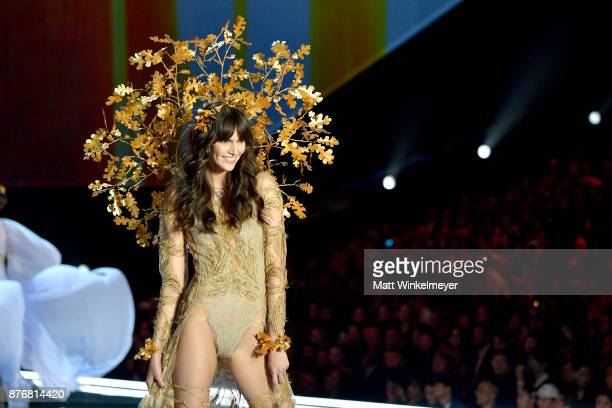 Model Vanessa Moody walks the runway during the 2017 Victoria's Secret Fashion Show In Shanghai at Mercedes-Benz Arena on November 20, 2017 in...