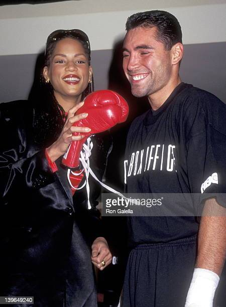 Model Veronica Webb and Athlete Oscar De La Hoya attend the Oscar De La Hoya PreFight Public Workout Session on December 12 1995 at the Official...