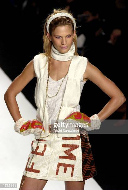 Model Vicky Andren walks on the runway during the Custo Barcelona Fall/Winter 2003 Collection fashion show February 10 2003 in Bryant Park during...