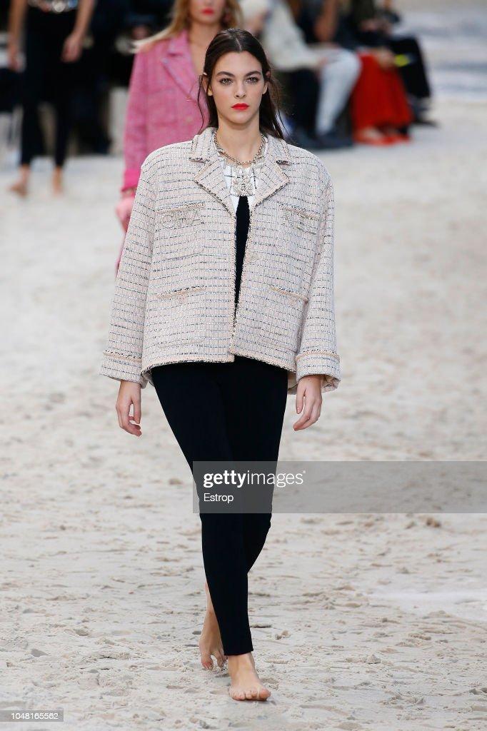 Chanel : Runway - Paris Fashion Week Womenswear Spring/Summer 2019 : ニュース写真