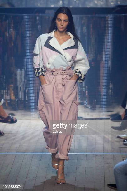 Model Vittoria Ceretti walks the runway during the Isabel Marant show as part of the Paris Fashion Week Womenswear Spring/Summer 2019 on September 27...