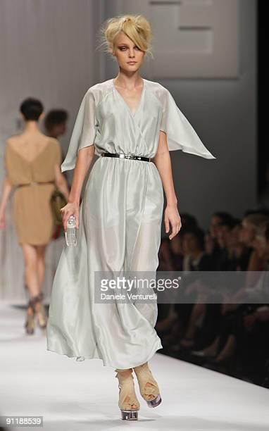 Model Vlada Roslyakova walks down the runway during the Fendi show as part of Milan Womenswear Fashion Week Spring/Summer 2010 at on September 26...