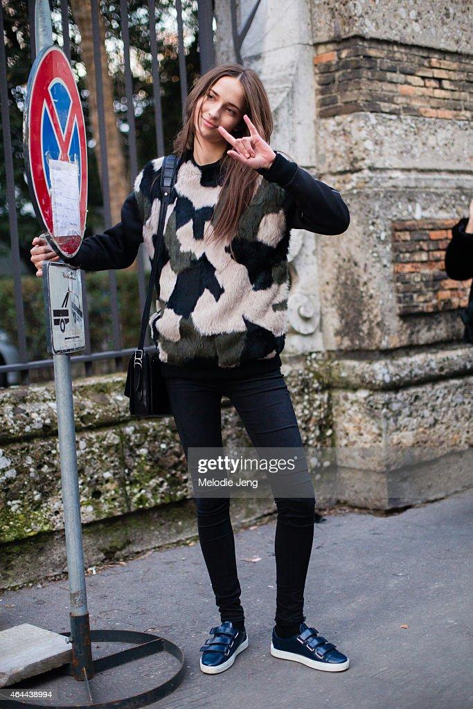 Street Style - Day 1 - MFW FW2015 : News Photo
