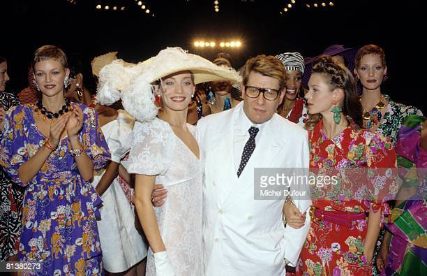 Model walk on the catwalk at YSL High Fashion Show Spring/Summer 1994 during the fashion week 1993 in Paris, France.