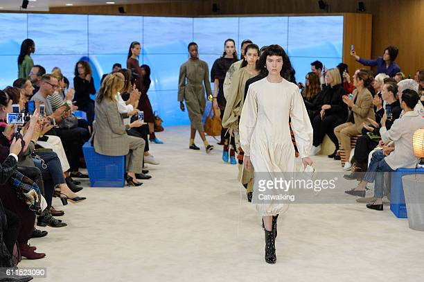 Model walk the runway at the Loewe Spring Summer 2017 fashion show during Paris Fashion Week on September 30 2016 in Paris France
