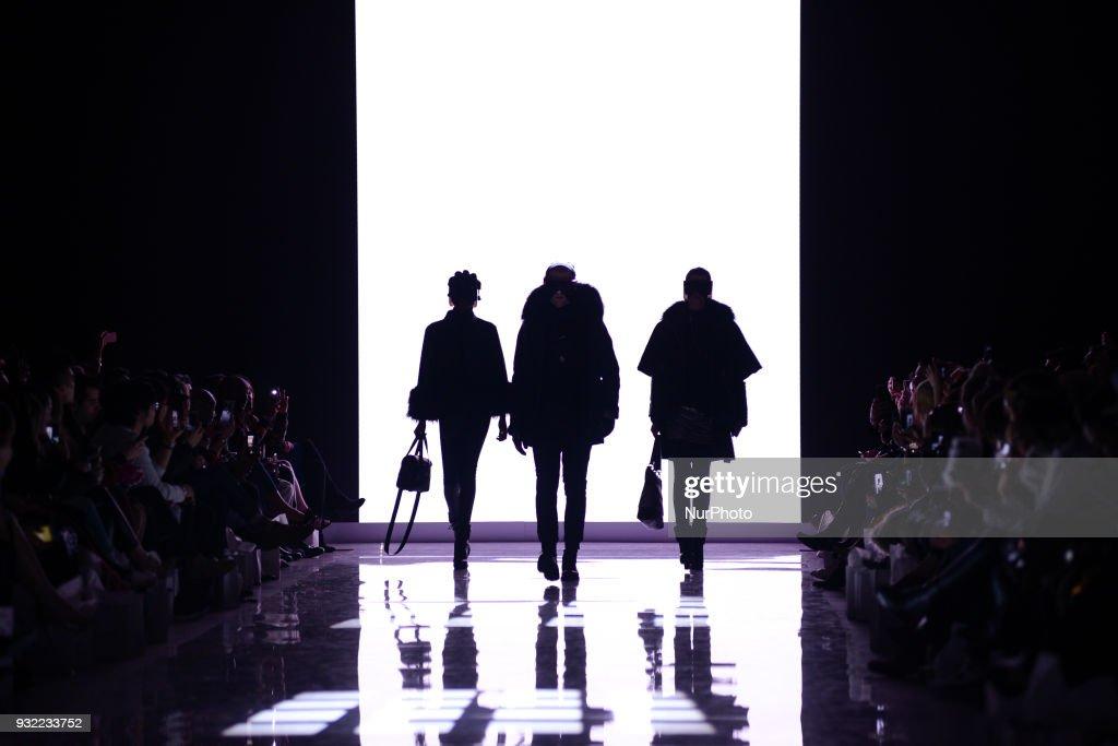 Toronto Women's Fashion Week d...