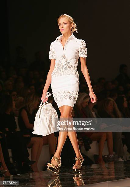 A model walks down the catwalk at the Valentino fashion show during the Spring/Summer 2008 Paris Fashion Week on October 3rd 2007 in Paris