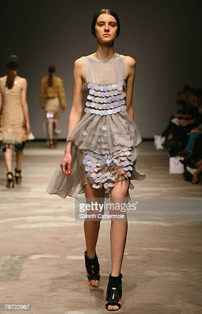 Model walks down the catwalk during the Christopher Kane LFW Autumn/Winter 2008 show at The University of Westminster on February 12, 2008 in London,...