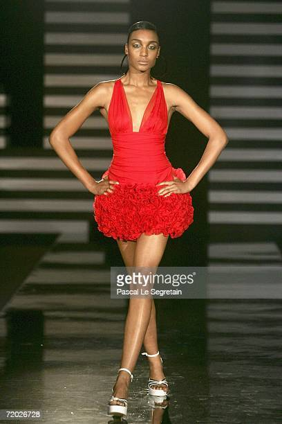A model walks down the catwalk during the Jenny Packham Fashion Show as part of Milan Fashion Week Spring/Summer 2007 on September 27 2006 in Milan...