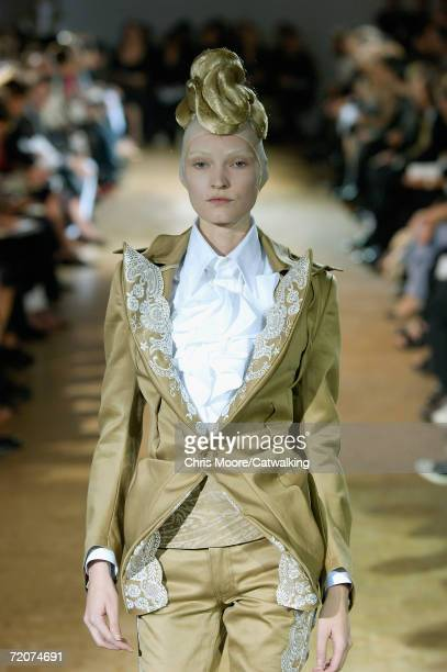 Model walks down the catwalk during the Junya Watanabe Fashion Show as part of Paris Fashion Week Spring/Summer 2007 on October 2, 2006 in Paris,...