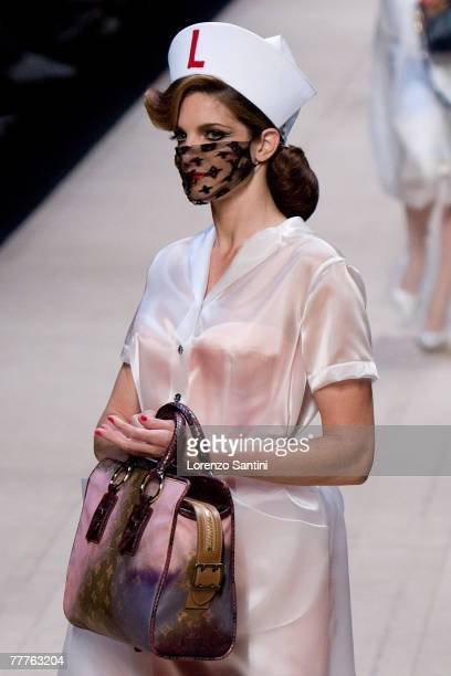 Model walks down the catwalk during the Louis Vuitton Spring Summer 2008 show at Paris Fashion Week 2007 on October 6, 2007 in Paris, France.