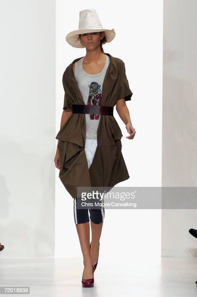 Model walks down the catwalk during the Marni Fashion Show as part of Milan Fashion Week Spring/Summer 2007 on September 26, 2006 in Milan, Italy.