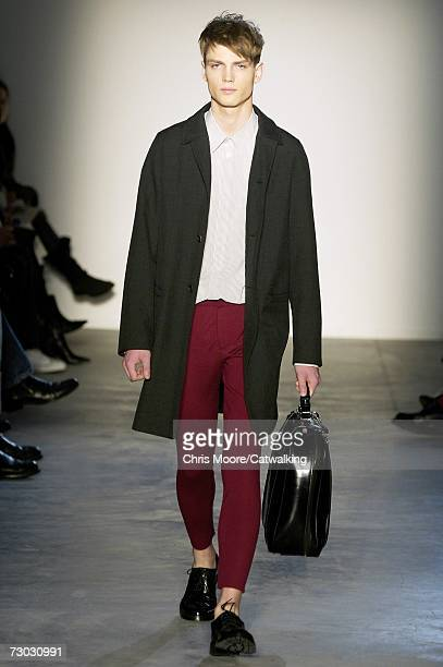Model walks down the catwalk during the Marni fashion show as part of Milan Fashion Week Autumn/Winter 2007 on January 17, 2007 in Milan, Italy.