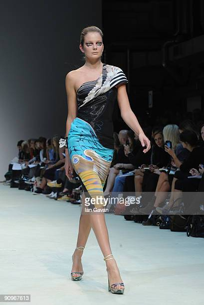 Model walks down the catwalk during the Mary Katrantzou fashion show at the Topshop Venue, University of Westminster, on September 19, 2009 in...