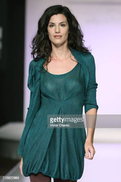 A model walks down the catwalk during the Pepa Pombo 2008 show at Antara Polanco during Mercedes Benz Fashion Mexico 2008 on October 19 2007 in...