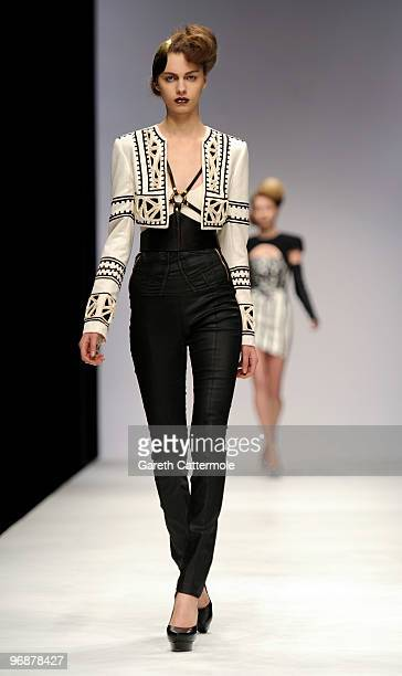 Model walks down the catwalk during the Sass & Bide fashion show during London Fashion Week at the BFC Show Space at Somerset House on February 19,...