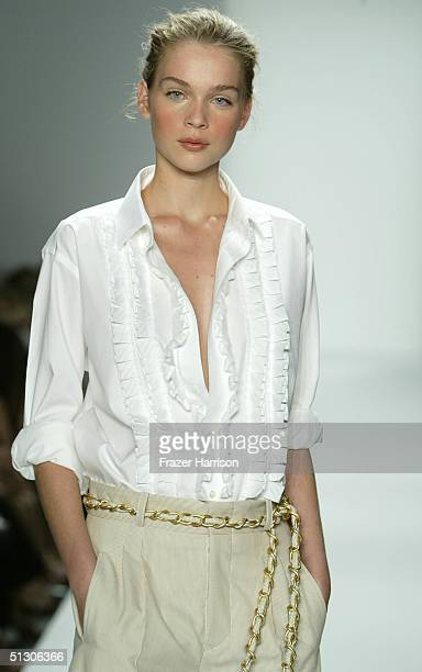 Model walks down the runway at the Peter Som show during Olympus Fashion Week Spring 2005 at the Bryant tent in Bryant Park September 14, 2004 in New...