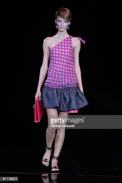 38a6e678d0 Milano Moda Donna Pictures and Photos - Getty Images