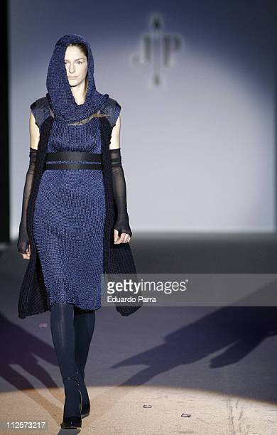 Model walks down the runway during the Jesus del Pozo fashion show at Pasarela Cibeles-Madrid Fashion Week on February 11, 2008 in Madrid, Spain.