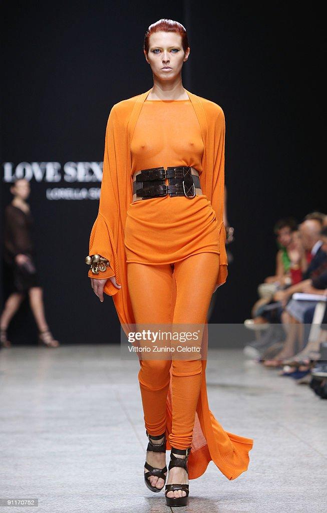 Anal Girl Orange Walk
