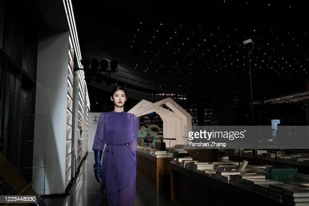 A model walks during the Larome DIANA KWAN collection show by Chinese designer Yifan Chen Yue Guan during the China Fashion Week 2020/2021 A/W...