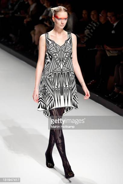Model walks on the runway at the Somarta fashion show during the Mercedes-Benz Fashion Week Tokyo S/S 2012 at Tokyo Midtown on October 20, 2011 in...