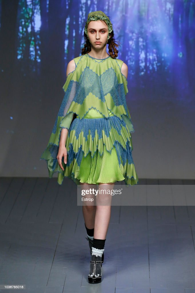 Bora Aksu - Runway - LFW September 2018 : ニュース写真