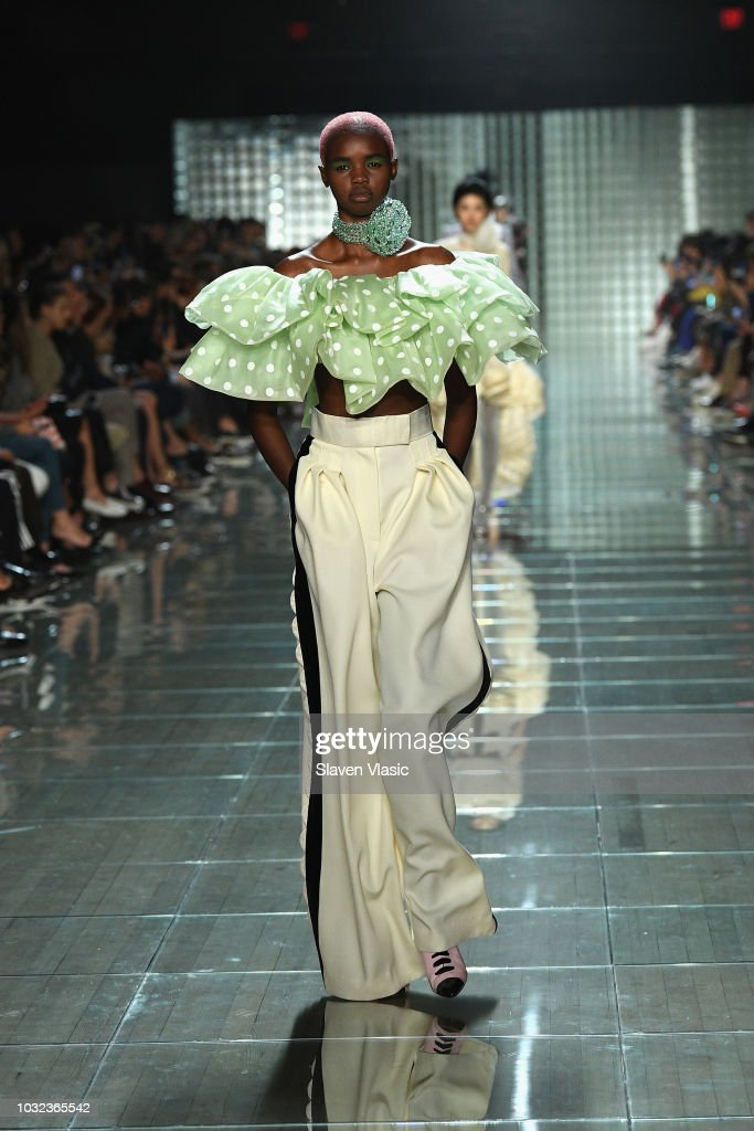 NY: Marc Jacobs Spring 2019 Runway