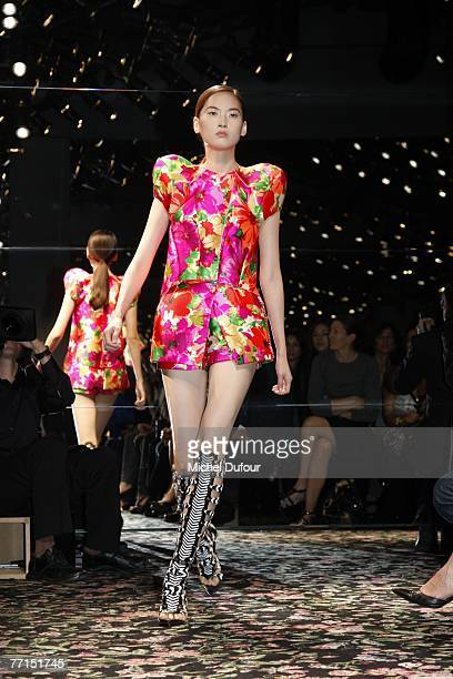 A model walks the catwalk at the Balenciaga fashion show during the Spring/Summer 2008 readytowear collection show on October 2 2007 in Versailles...