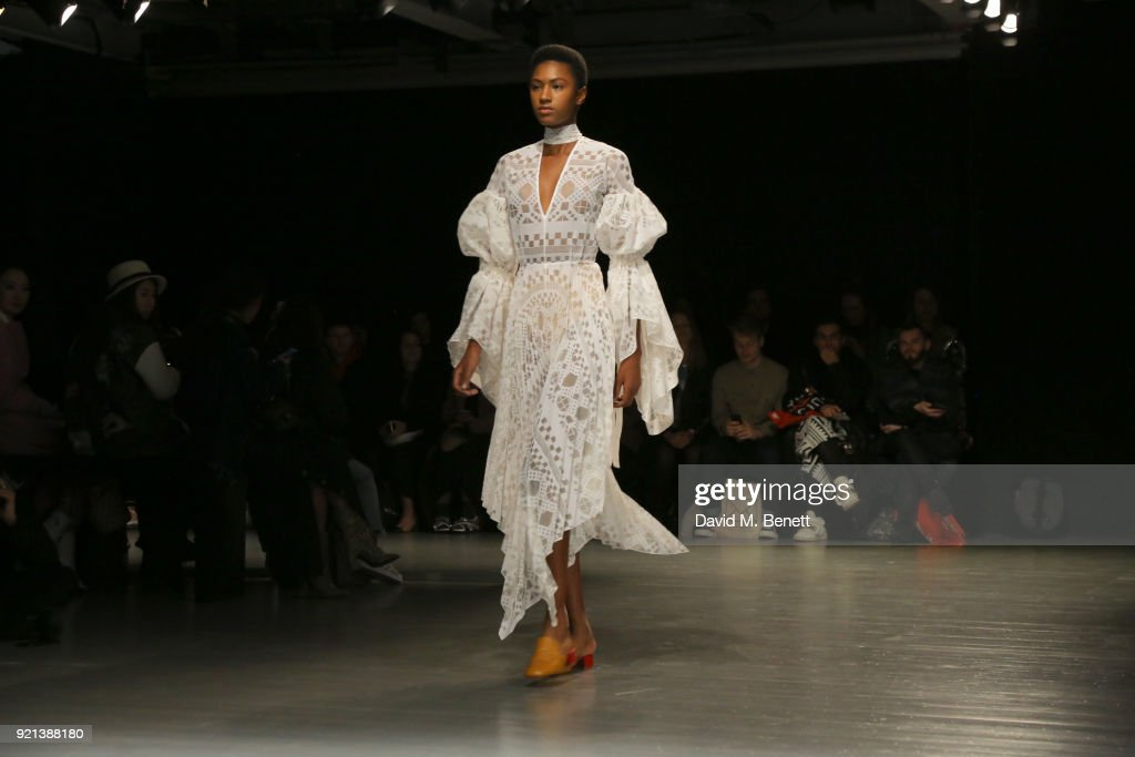 A model walks the catwalk at the Teatum Jones show during London Fashion Week February 2018 at BFC Show Space on February 20, 2018 in London, England.