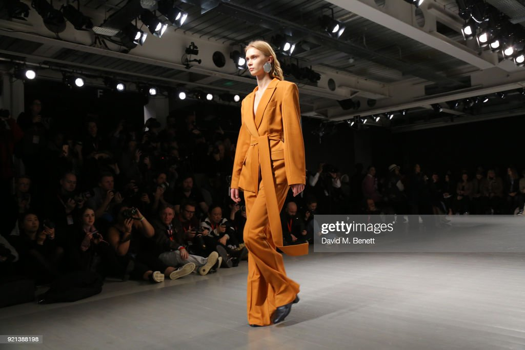 Teatum Jones - Front Row - LFW February 2018