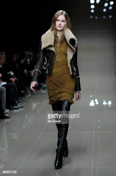 Model walks the catwalk during the Burberry Prorsum LFW Autumn/Winter 2010 Women�s wear show at the Parade Ground, Chelsea College of Art on February...