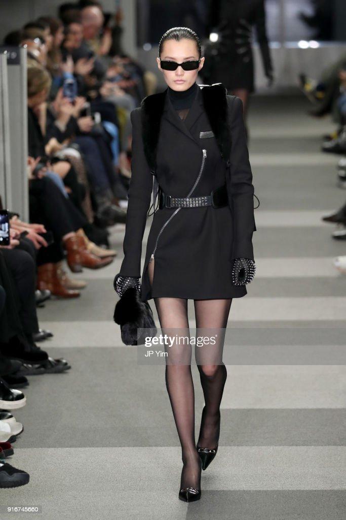 Alexander Wang - Runway - February 2018 - New York Fashion Week : ニュース写真