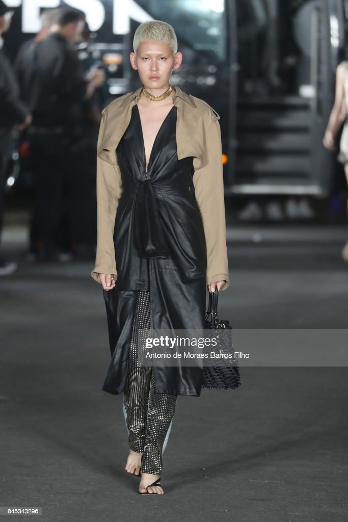 Alexander Wang - Runway - September 2017 - New York Fashion Week : ニュース写真