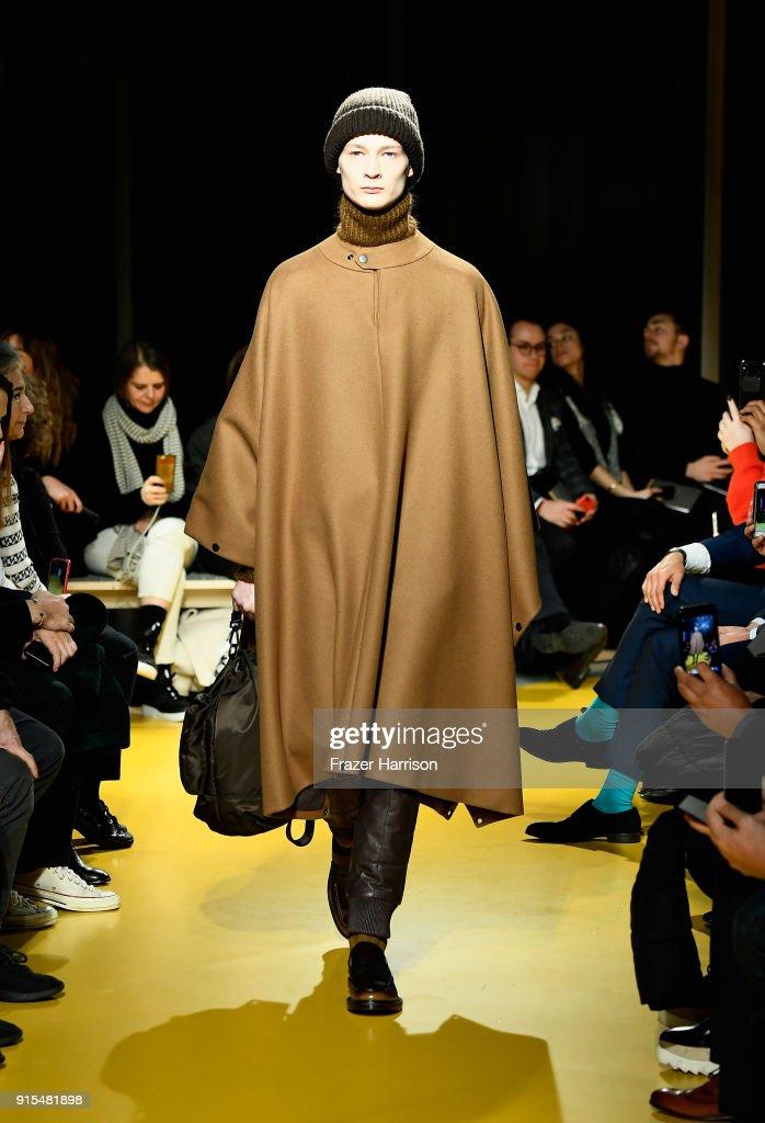 BOSS Menswear - Runway - February 2018 - New York Fashion Week Mens' : News Photo