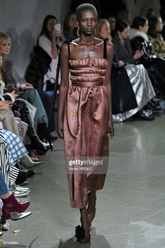 Brock Collection - Runway - February 2018 - New York Fashion Week : News Photo