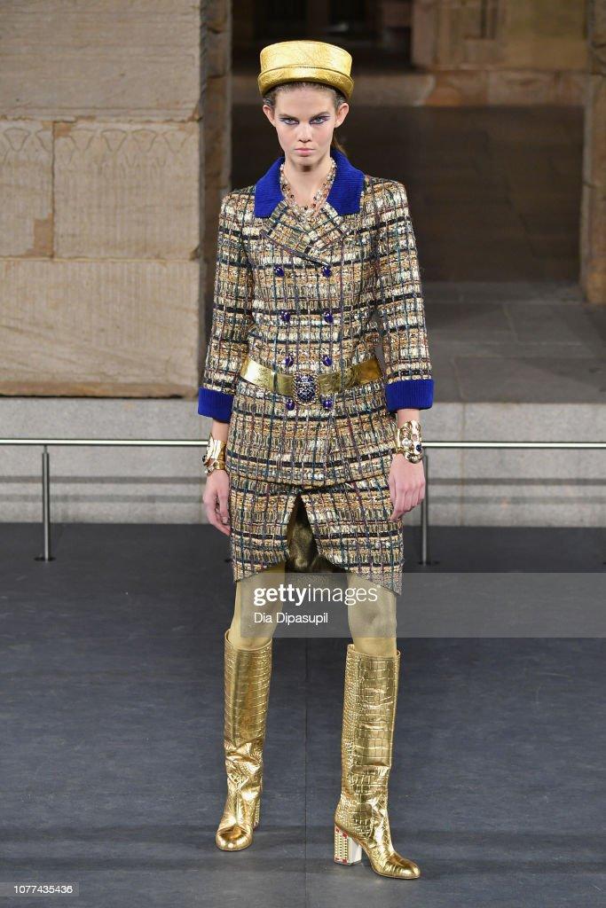 Chanel Metiers D'Art 2018/19 Show - Runway : Fotografía de noticias