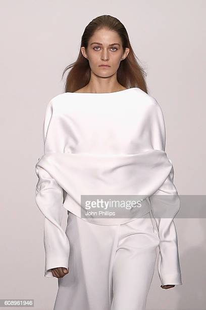 A model walks the runway at DHL Exported Presents Sid Neigum show during London Fashion Week Spring/Summer collections 2017 on September 20 2016 in...