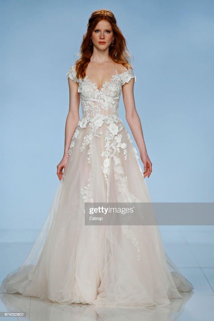 Galia Lahav - Barcelona Bridal Fashion Week 2017 Photos and Images ...