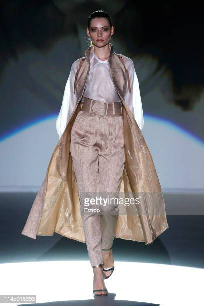 A model walks the runway at Isabel Zapardiez fashion show during the Valmont Barcelona Bridal Fashion Week at Fira Barcelona Montjuic on April 25th...