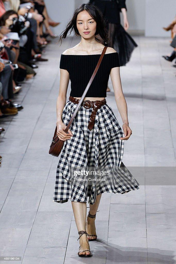 Michael Kors - Runway - Mercedes-Benz Fashion Week Spring 2015 : News Photo
