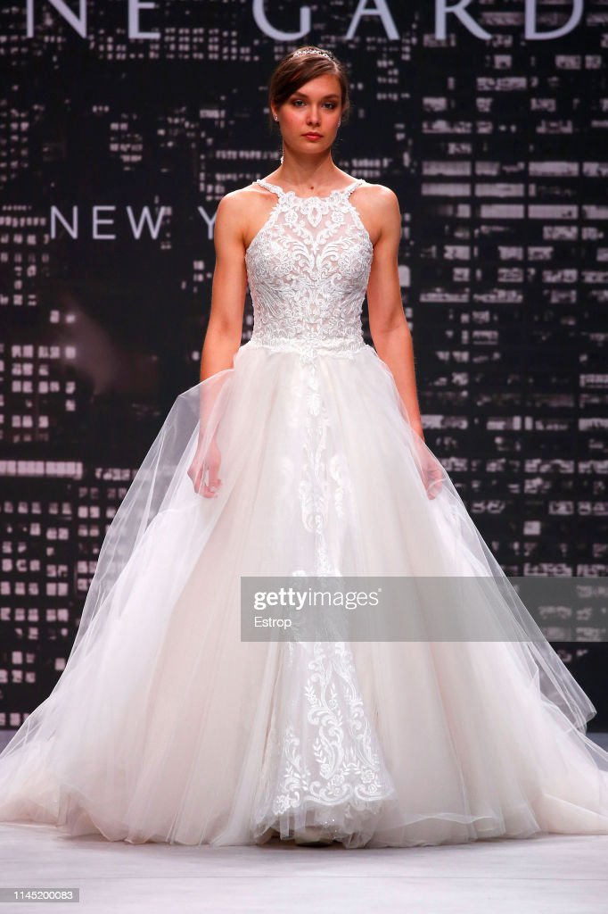 ESP: Day 4 - Valmont Barcelona Bridal Fashion Week 2019